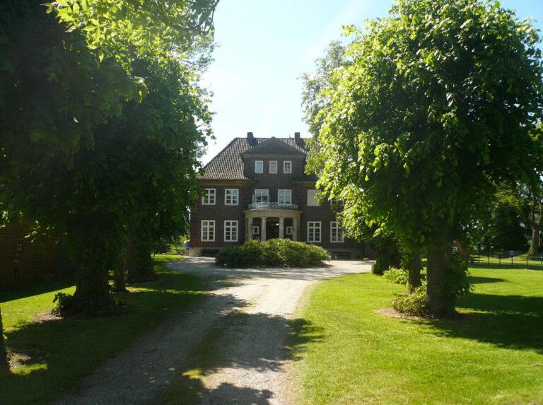 Herrenhaus-aussen-29