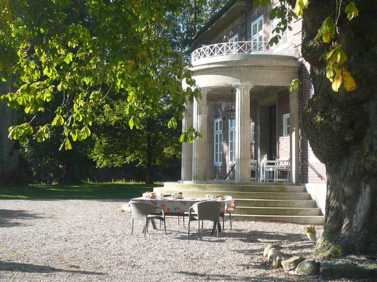 Herrenhaus-aussen-31